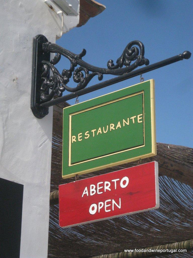 Portuguese Restaurants - Sítio da Pedralva